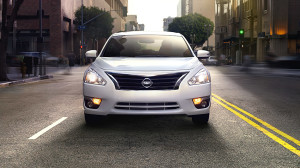 nissan-altima-fuel-efficient-car